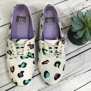 {BC Footwear} sz 9 leopard multi color oxfords